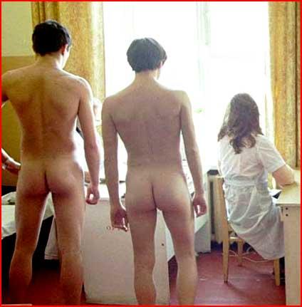 В военкомате видео голые парни
