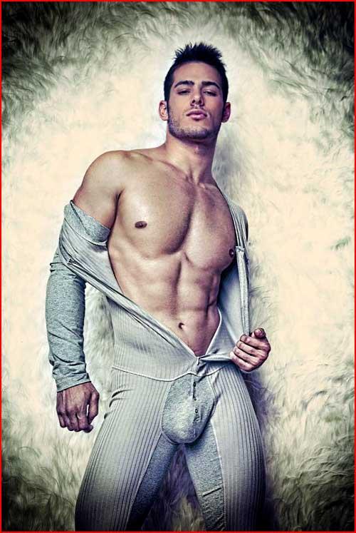 Парень в моно-пижаме  (гей блюсик 7210)