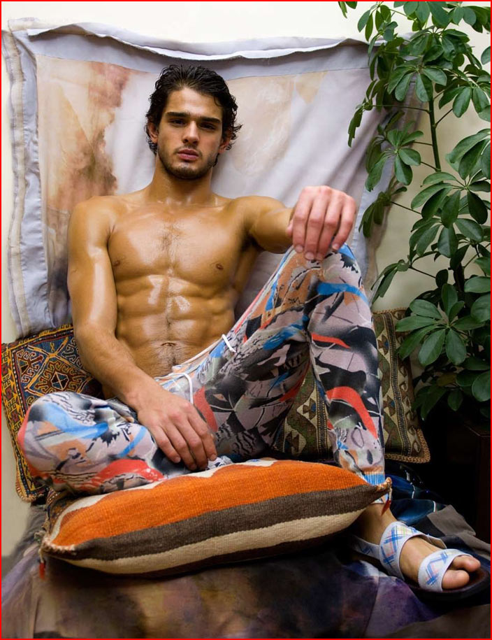 Гей-модель Marlon Teixeira  (гей блюсик 9150)