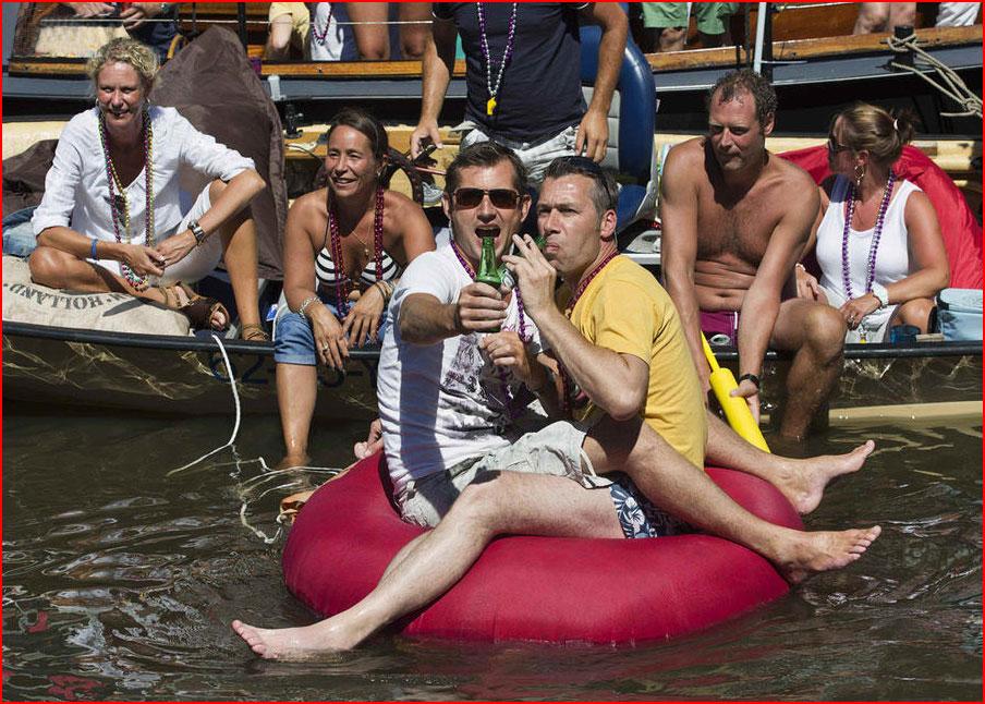 Гей-парад на канале в Амстердаме 2013  (гей блюсик 9495)