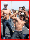 Клёвые парни  (гей фото, блюсик 11749)