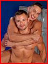 Наездник  (гей фото, блюсик 13900)