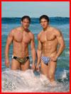 Парни на море  (гей фото, блюсик 15107)