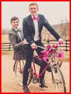 Влюблённые на велосипеде  (гей фото, блюсик 16013)