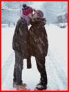 Двое под снегопадом  (гей фото, блюсик 17440)