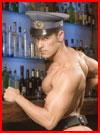 Сексапильный бармен  (гей фото, блюсик 17726)