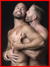 В объятиях любимого  (гей фото, блюсик 18132)