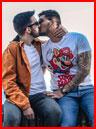 Первый поцелуй  (гей фото, блюсик 18136)