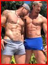 Два гиганта  (гей фото, блюсик 18429)