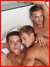 Трое в постели  (гей фото, блюсик 18820)