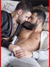 В постели  (гей фото, блюсик 18888)
