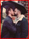 Двое под зонтом  (гей фото, блюсик 19012)