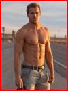 Мужчина средних лет  (гей фото, блюсик 9718)